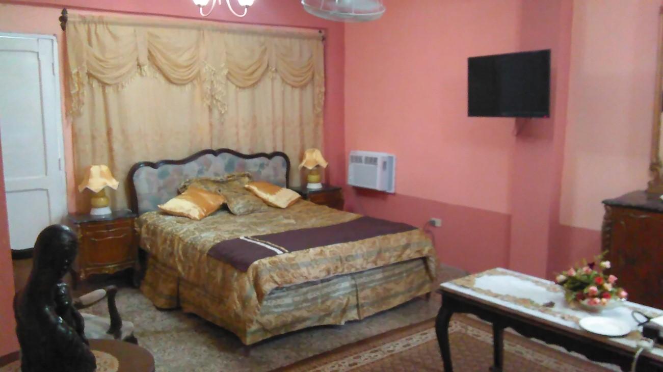 Vista de las camas de las habitaciones de la planta alta