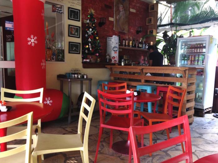 Nanas Cafe